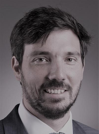 Dr. Lábody Péter